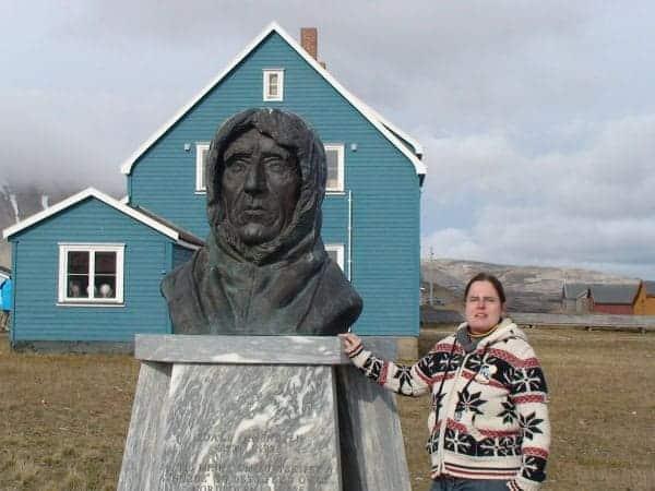 Amundsen und ich in Ny Alesund